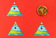 Insigne cu rasina triunghi