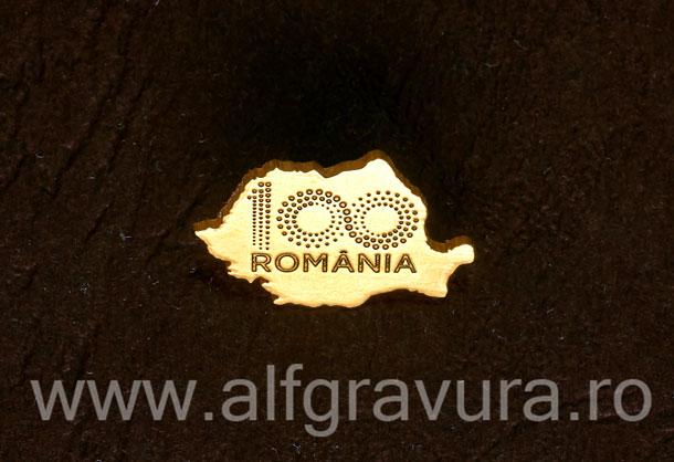Insigna harta 100 Romania aurita