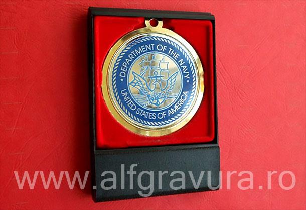 Medalii in casete plastic cu capac transparent