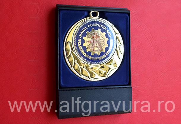Medalie in cutie plastic