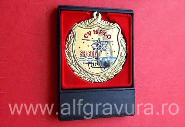 Medalii in cutii plastic