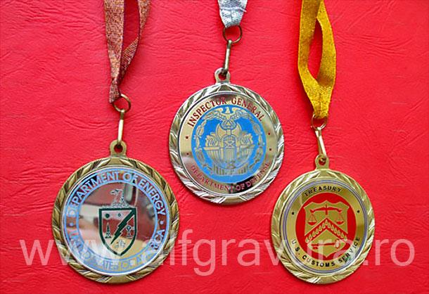Medalii aur, argint, bronz, cu snur