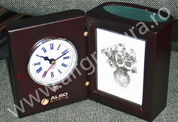 Personalizare LASER ceas din lemn